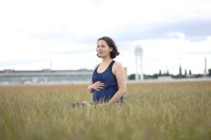 Tempelhofer Feld schwanger yoga